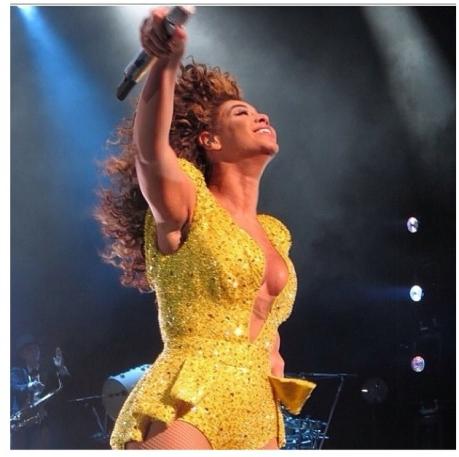 Beyonce NYE4