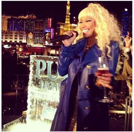 Nicki Minaj NYE1
