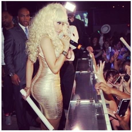 Nicki Minaj NYE2