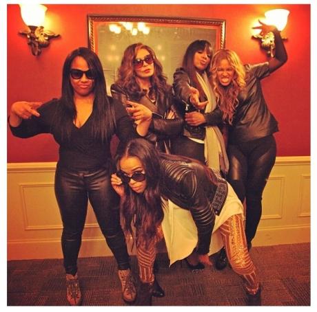 Beyonce Clique1