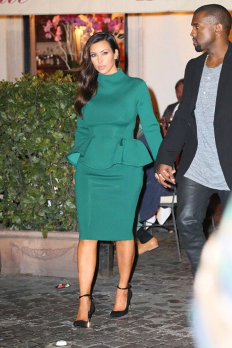 Kim Kardashian Emerald Dress
