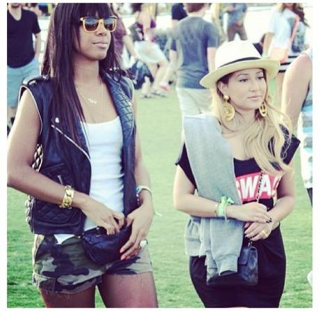 Kelly Rowland & Adrienne Bailon