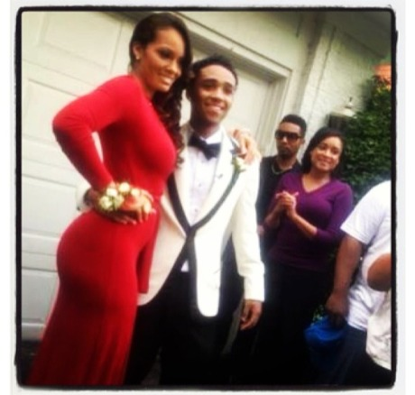 Evelyn Prom2